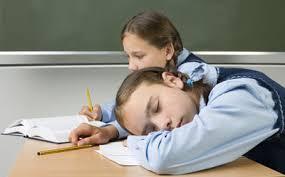 دیر خوابیدن چه بلایی بر سر دانش آموزان می آورد؟