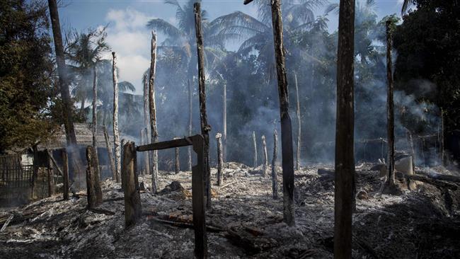 آتش زدن خانههای مسلمانان روهینگیا در غرب میانمار/ ... ت به اتخاذ تد ری برای اجرای عد ... فراخوانده شد