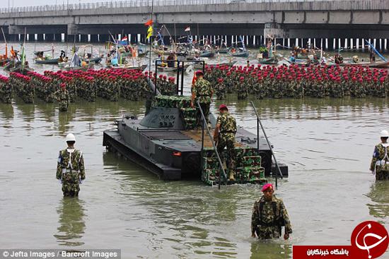 عجیبترین نمایش قدرت ارتش +تصاویر