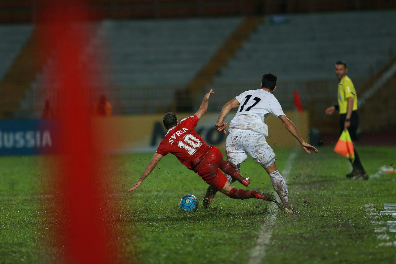 سنگ اندازی های بی پایان به فوتبال ایران، ترمز موفقیت شاگردان کی روش را کشید