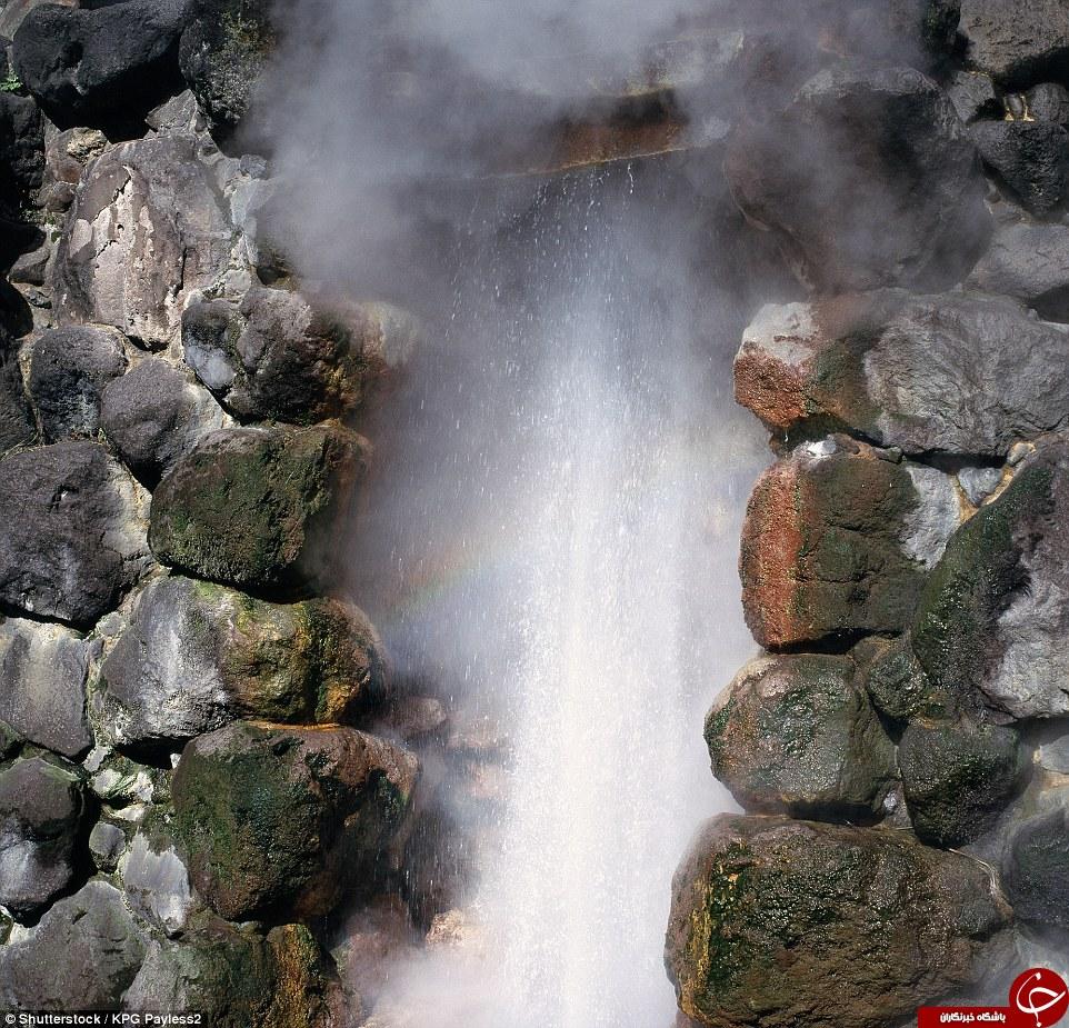 جهنم روی زمین؛ شهری با سه هزار چشمه آب گرم