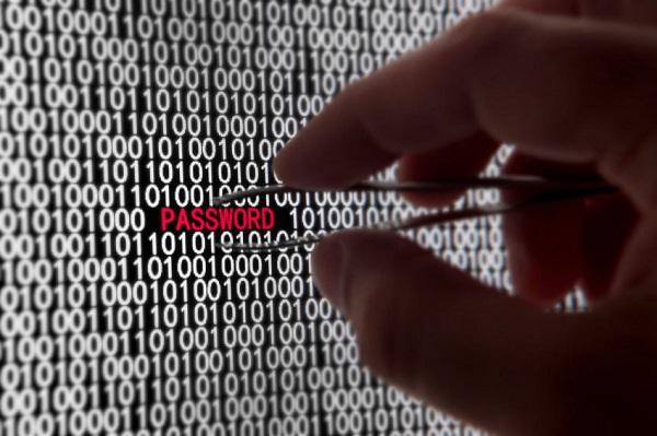 آشنایی با تخلفات سایبری