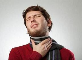 درمان معجزه آسای گلو  درد با این ترفند ها