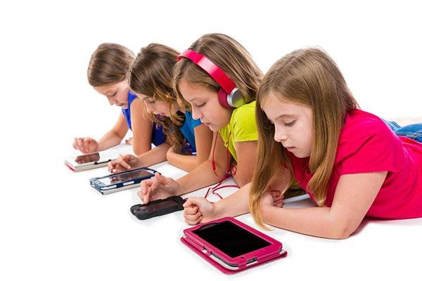تکنولوژی سارق کودکی فرزندانمان میشود