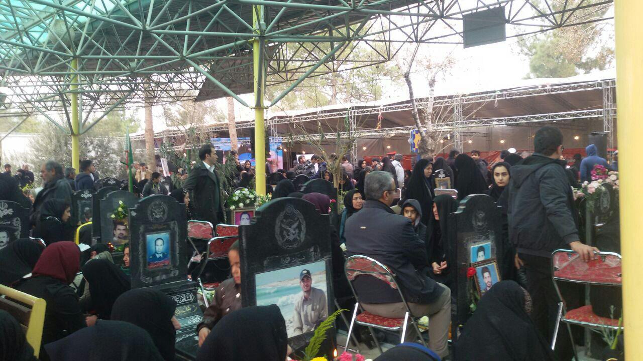باشگاه خبرنگاران -مراسم سالگرد شهدای اصحاب رسانه در بهشت زهرا برگزار شد+ تصاویر