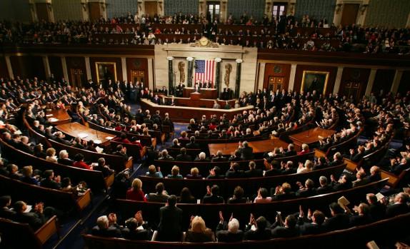سنای آمریکا لایحه تمدید تحریمهای ایران را تصویب کرد