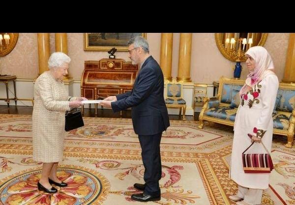از تقدیم استوارنامه تا ملاقات با ملکه الیزابت از زبان بعیدینژاد + عکس