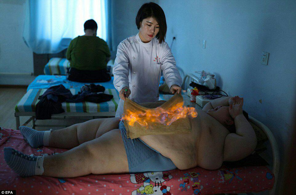 لاغری با استفاده از آتش، شیوه باستانی تناسب اندام در چین+ تصاویر