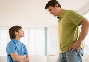 نقش پدر، وسیلهای برای تهدید نیست