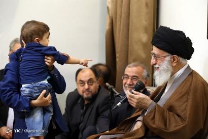 باشگاه خبرنگاران -دیدار جمعی از خانوادههای شهدای مدافع حرم با رهبر معظم انقلاب