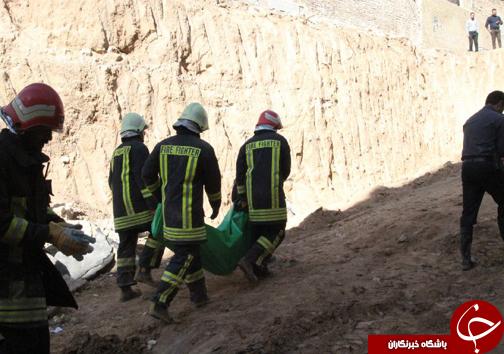 کشف جسد کارگر در زیر خروارها خاک+تصاویر