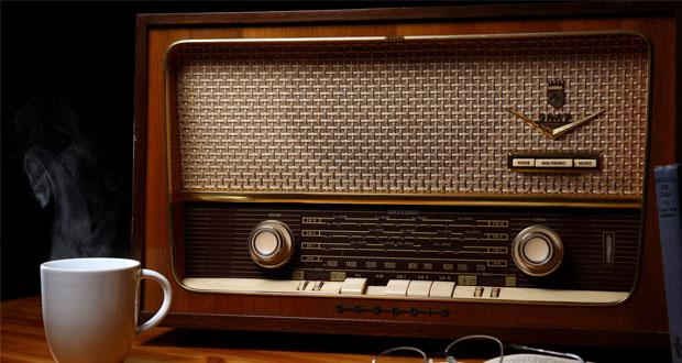 در رادیو کرمان امروز شنونده چه برنامه هایی هستید