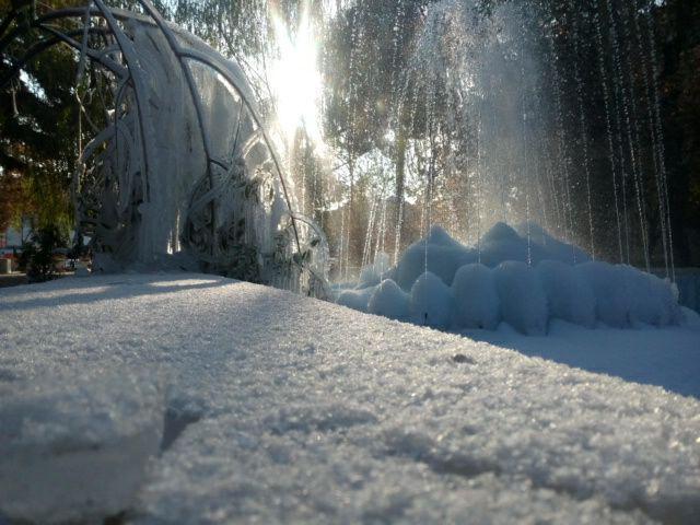 عکس برف در مشهد