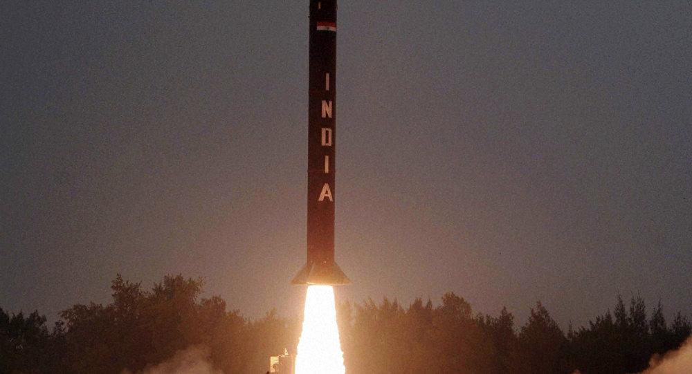 آزمایش موفقیتآمیز موشک میانبرد هند با قابلیت حمل کلاهک هستهای