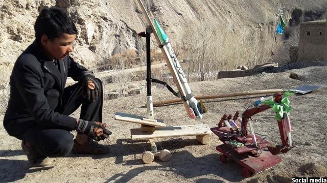 نوجوان بامیانی که موشک و پهپاد ساخت