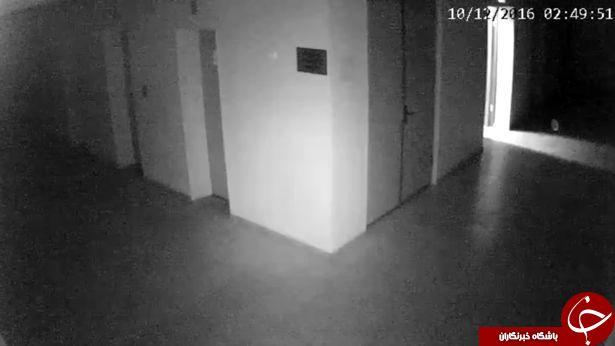مشاهده موجودی با نور درخشان در یک زندان قدیمی +فیلم