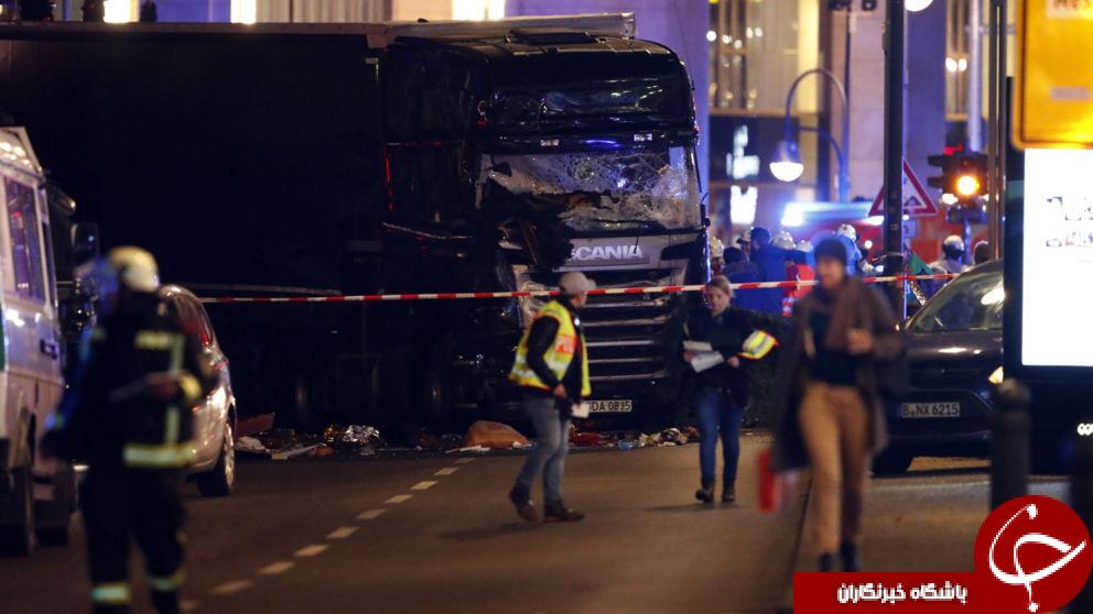 برخورد کامیون به مردم در بازاری در آلمان/ چندین کشته و 50 زخمی تا این لحظه+تصاویر