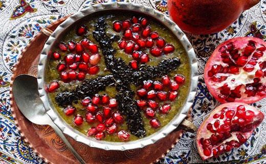 خوردن آش انار در شب یلدا فرموش نشود