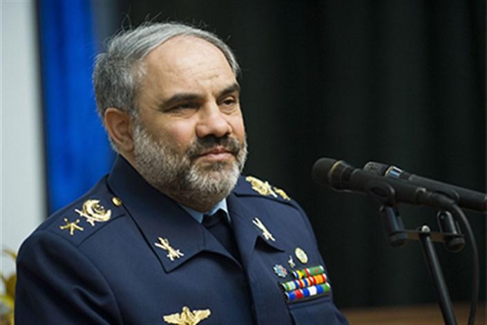 فرمانده نیروی هوایی از پایگاه شکاری وحدتی بازدید کرد