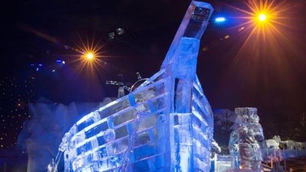 جشنواره زمستانی لندن با مجسمههای یخی و برفی