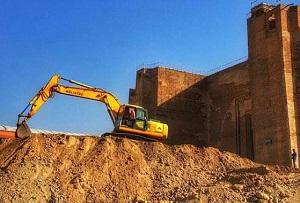 از سرگیری عملیات خاکبرداری در محوطه ارک تاریخی علیشاه