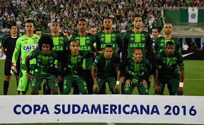 سقوط هواپیمای بازیکنان تیم برزیل