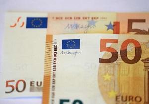 ریسک سیاسی، ارزش یورو را کاهش داد