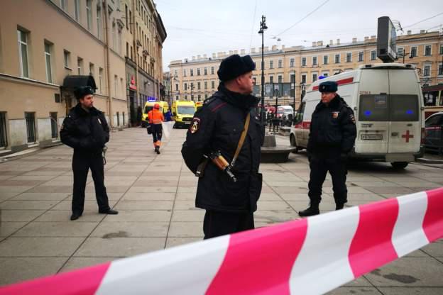 وقوع انفجار در ایستگاه مترو «سنپترزبورگ» روسیه/ آمار متناقض خبرگزاریها در خصوص شمار کشته و زخمیها+فیلم و تصاویر