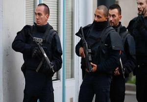 تشدید تدابیر امنیتی در مراکز حمل و نقل عمومی پاریس