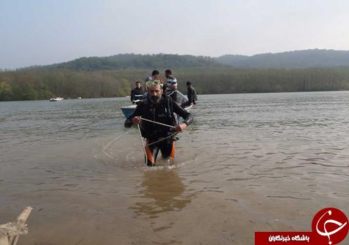 سقوط خودرو به دریاچه سنبل رود بدون خسارت جانی +تصاویر