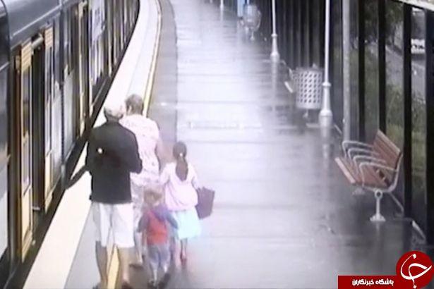 لحظه وحشتناک سقوط کودک به داخل شکاف ایستگاه مترو + فیلم