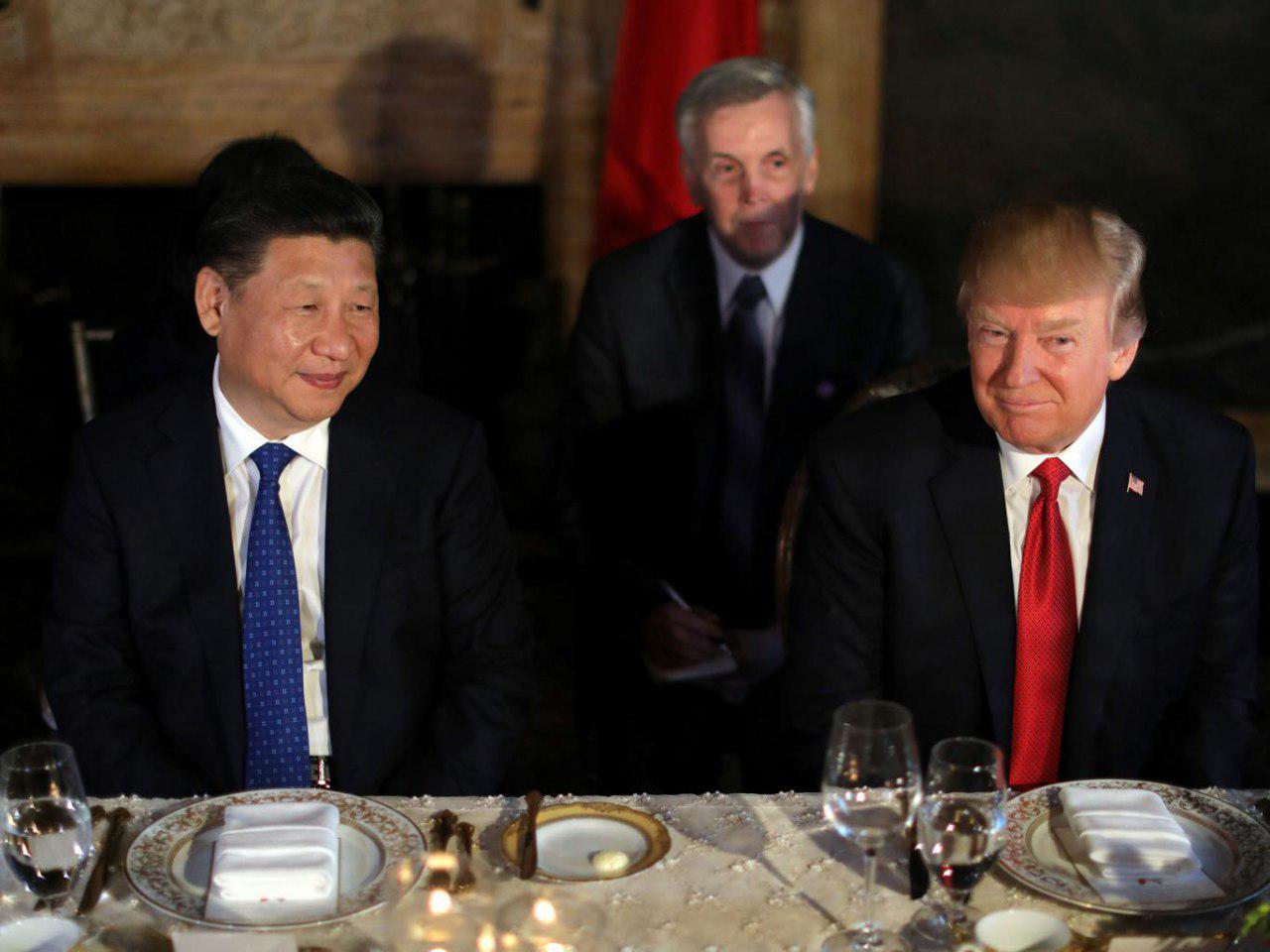 ترامپ: در زمان خوردن کیک شکلاتی به رئیسجمهور چین گفتم به سوریه حمله کردیم