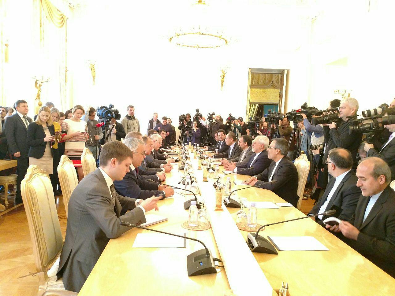 آغاز مذاکرات دو جانبه وزرای خارجه ایران و روسیه در مسکو