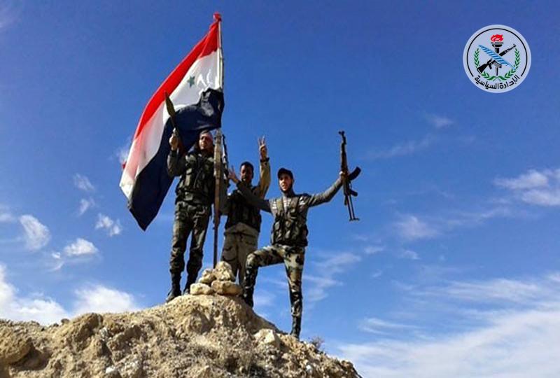 انهدام تانک و پایگاههای تکفیریها، تازهترین دستاورد مقاومت در درعا/ هجوم جبههالنصره به حومه دمشق با فرار تروریستها خاتمه یافت!