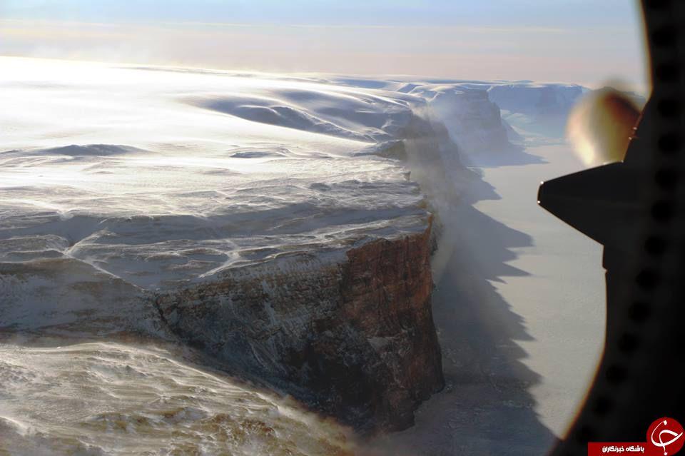 کشف شکافی عجیب در یخچالهای گرینلند+ فیلم و تصاویر