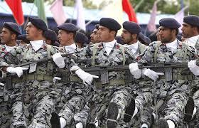 یگانهای پیاده ارتش جمهوری اسلامی ایران از مقابل جایگاه عبور کردند.
