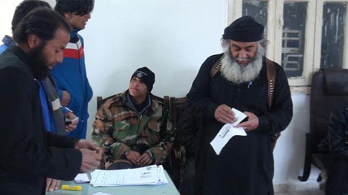 راهنمایی و رانندگی به سبک داعش! +تصاویر