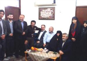 دیدار نوروزی فرماندار شت با خانواده شهیدان یوسفی