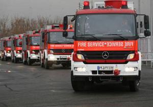 استقرار آتش نشانان در 12 نقطه از محدوده ورزشگاه آزادی