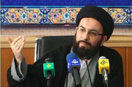 حسینی : قرآن کریم محور حل  تمام مسائل جهان اسلام است / ایران میزبان 400 میهمان قرآنی دنیا