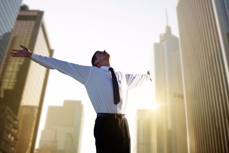 افراد موفق چگونه روز کاری را شروع میکنند و چطور آن را خاتمه میدهند
