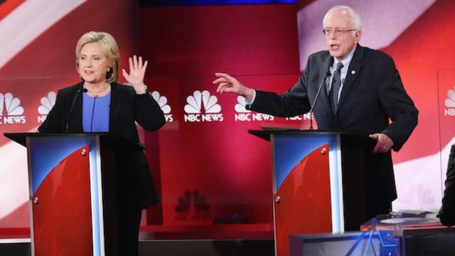سندرز مجبور شد در انتخابات 2016 با کلینتون وارد رقابت شود