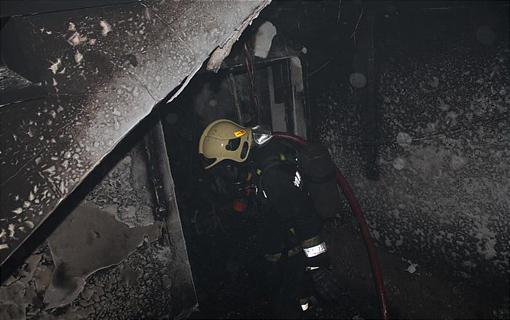 آتش سوزی انبار لبنیات در خیابان فرجام/ نجات 3 نفر از میان دود و حرارت شدید