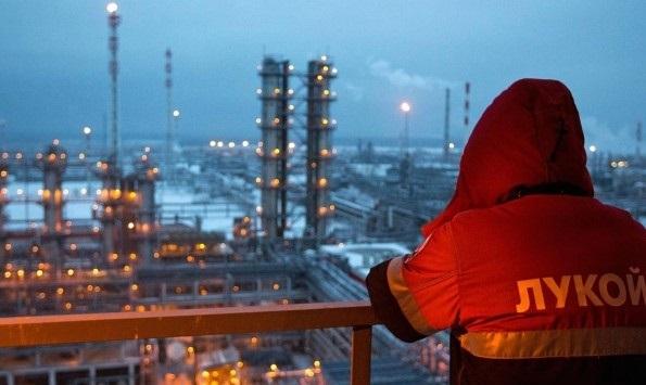امیدواری مسکو به تداوم همراهی با برنامه کاهش عرضه نفت