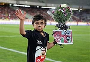 اعتراض پدر هادی نوروزی به جشن قهرمانی بدون هانی + فیلم