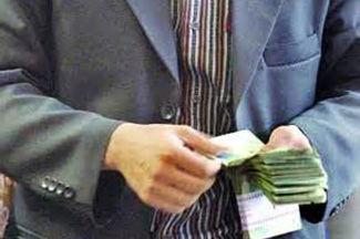 رویترز: مقامات چینی ملزم به ارائه اطلاعات مربوط به داراییهای خود شدند