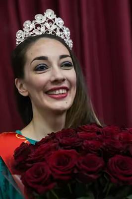 تاجر مواد مخدر، ملکه زیبایی زندانهای روسیه شد!+ تصاویر