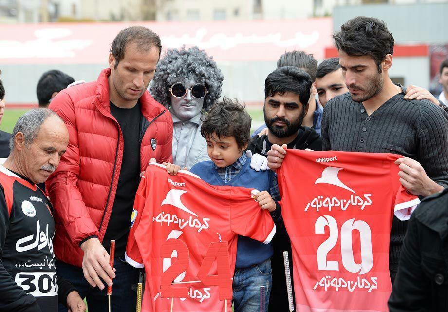 نورمحمدی: مسئولان باشگاه پرسپولیس خانواده نوروزی را فراموش کرده اند/ به سید جلال و طارمی گفتم دل هانی را می شکانند