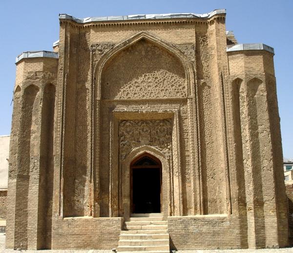 علویان، گنبدی با شاهکار معماری اسلامی