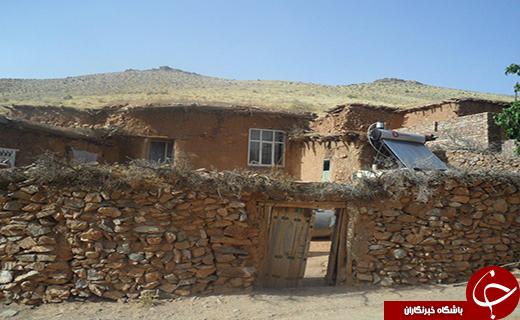 کوچک ترین روستای خورشیدی نهاوند با خانه های سنگی چند صدساله+تصاویر